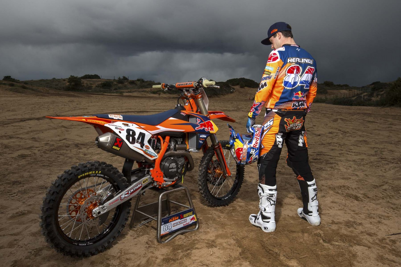 Home - Jeffrey Herlings #84 | Official website