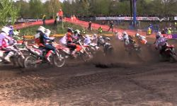 Dutch Open MX2 action in Gemert with Herlings, Coldenhoff, Tixier and others