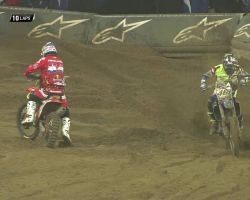 Romain Febvre and Jeffrey Herlings crash Monster Energy SMX Riders' Cup Race 1 2016