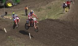 MXGP of Germany_Jeffrey Herlings passes Antonio Cairoli